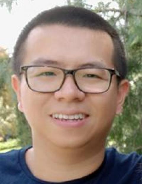 liang_yipeng_orig_102920_250c.jpg